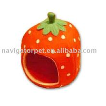 Fashionable and strawberry shaped suede pet bed