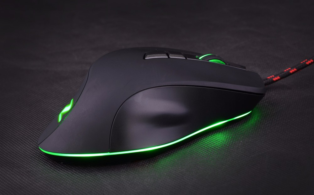 2017 New Model Computer Mouse 7D macro Optical Gaming Mouse with RGB chroma LED