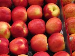 Fresh fuji apples, Red fuji. royal galla, Gold delicious and green apples from south Africa