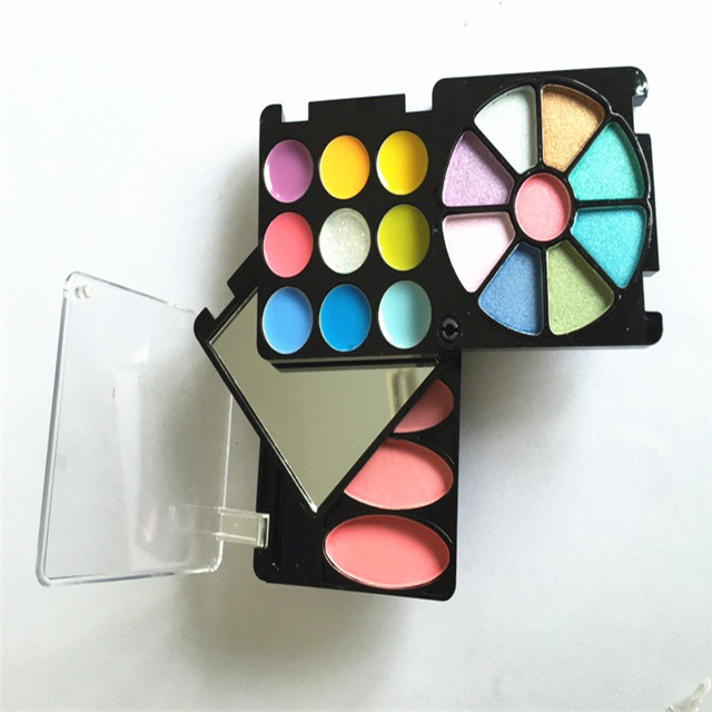 OEM COSMETIC MAKEUP Multifunctional palette Eye shadow face powder lip gloss lipstick and all kinds of make-up products