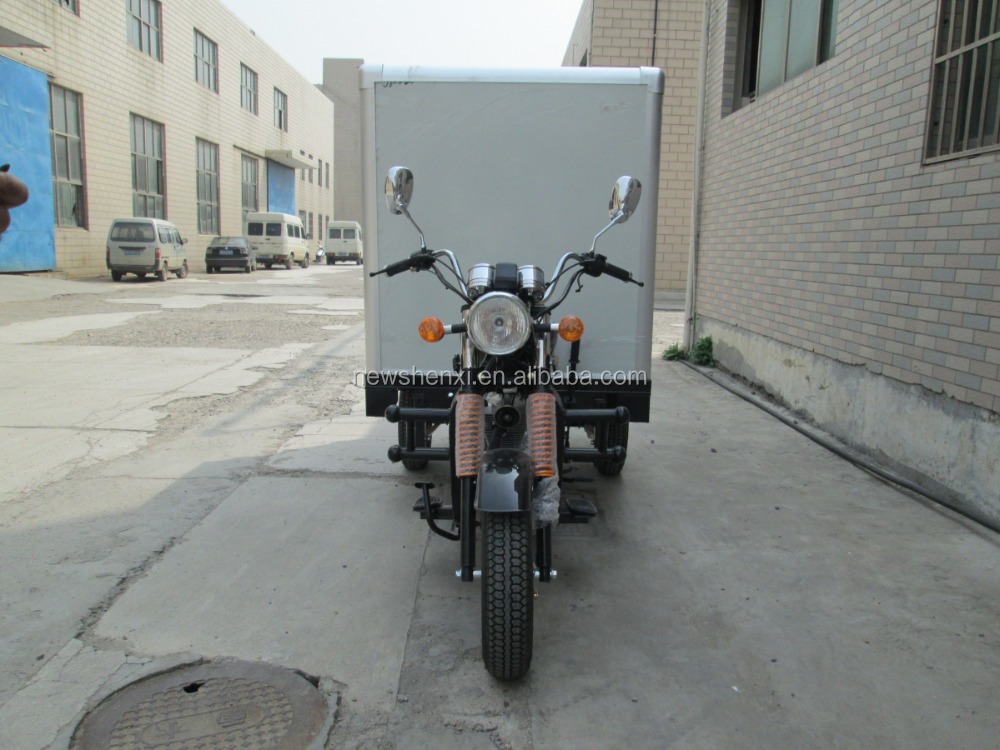 Big Power 150CC Three Wheel With Cloesd Box Cargo Tricycle Motorcycle Motor On Sale