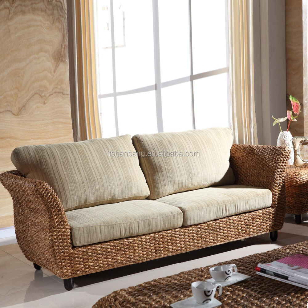 Foshan Manufacturer New <strong>Modern</strong> Fashion Trendy Elegant godrej chinioti Wooden Sofa Set Designs with and without arm