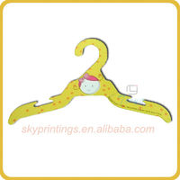 2013 newly design cheap strong childrens clothes hanger wholesale
