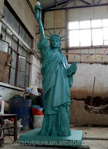 American famous building the Statue of Liberty large statue modern arts