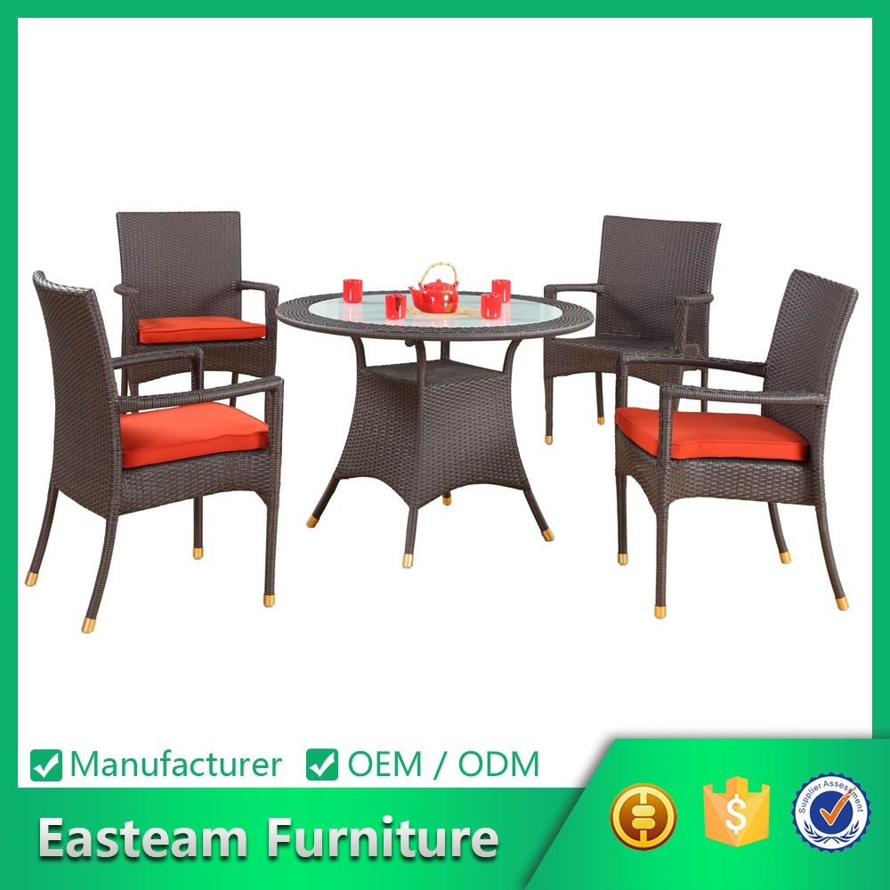 Guangzhou Outdoor Furniture Manufacturer Supply Cane Rattan Restaurant Table Chair