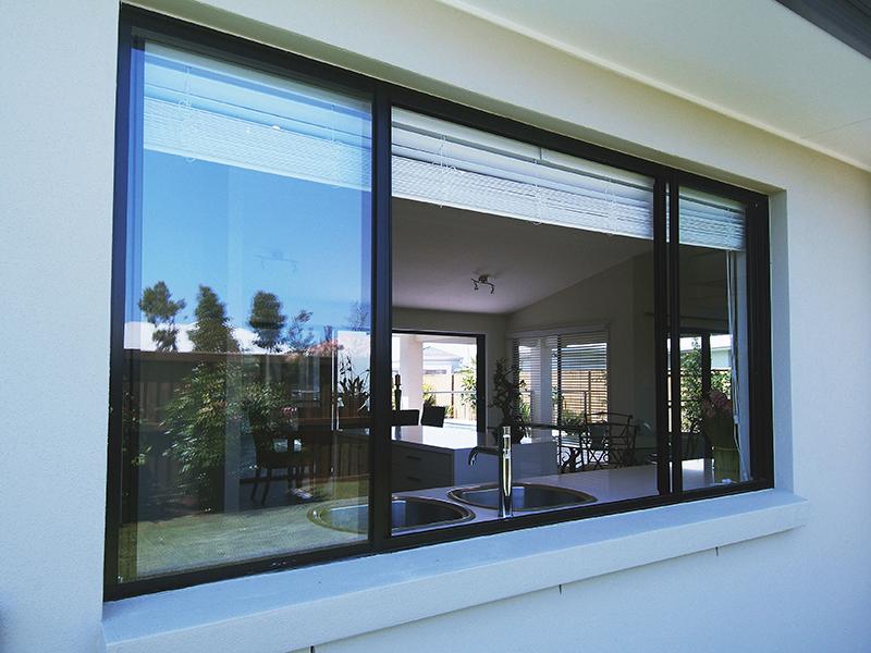 Aluminium Doors Product : Double glass aluminum sliding window with grills design