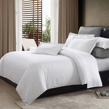 Hotel Bed Linen White 60% Polyester 40% Cotton Fabric Rolls