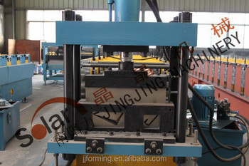 eave forming machine