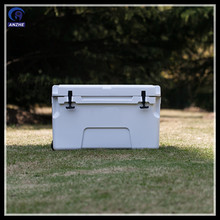 Commercial Marine plastic Rotomolded ice cooler box with wheels