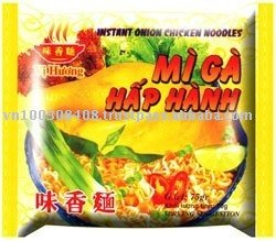 onion chicken flavour instant noodles bag