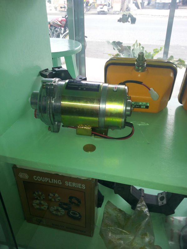 hydraulic and water pumps for loaders