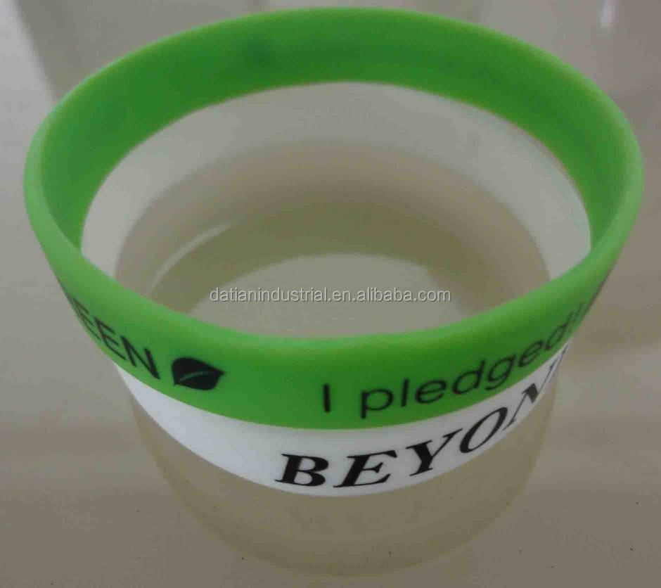 rubber wristband maker help to custom personalised silicone bracelets