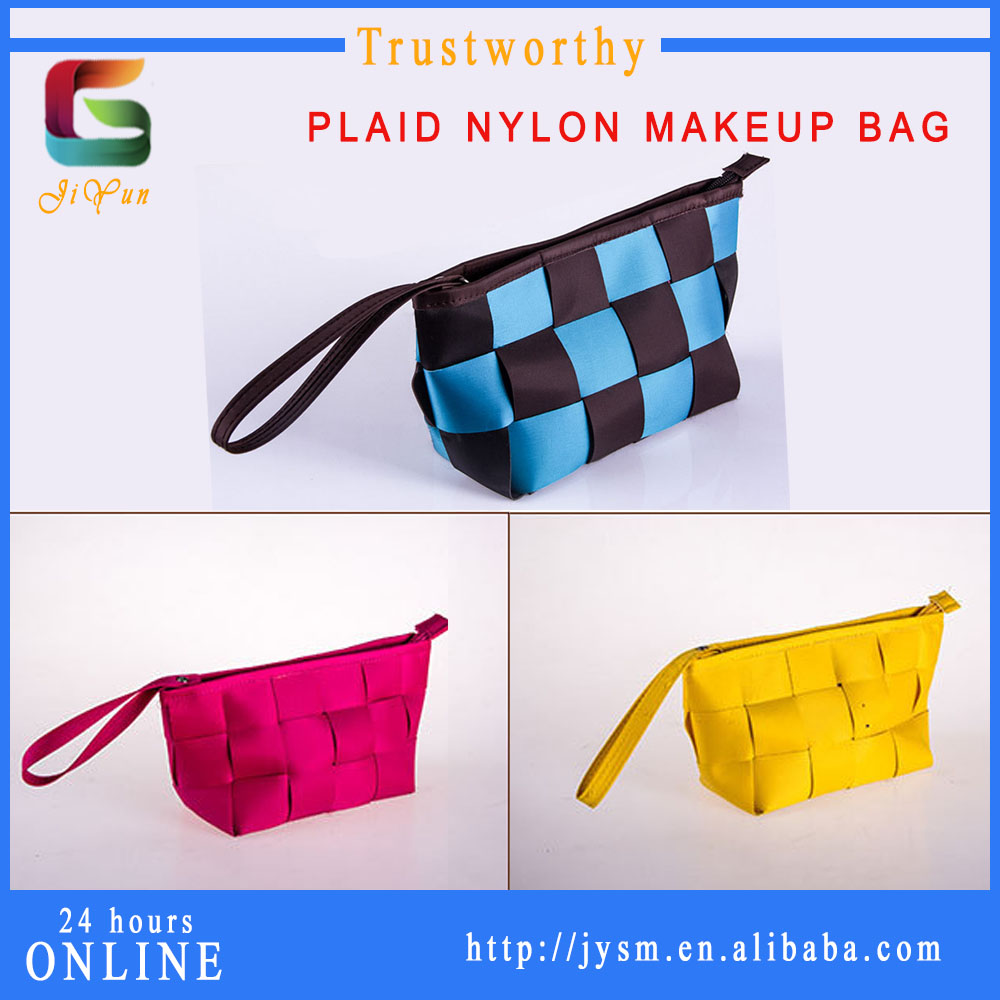 Russia Design Fashion Orange Plaid Brand Cosmetic Bag Factory Direct Sell Cheap Custom Nylon Make Up Bag