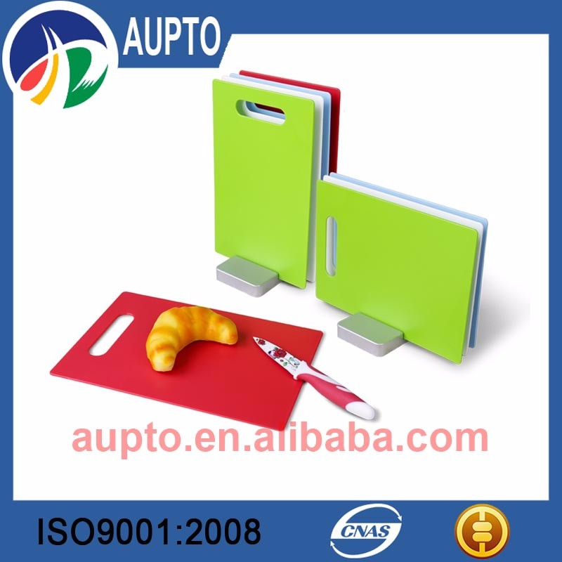 hdpe plastic cutting board with variety model and color provided by honest supplier