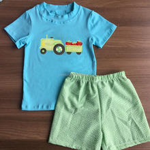 100% cotton kids clothing irl summer tractor applique t shirt gingham seerscker shorts set children boy boutique outfits