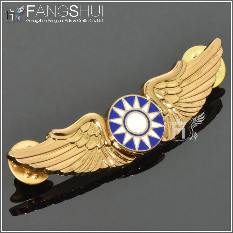 metal wing lapel pin gadgets promotion