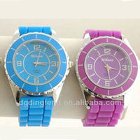 2014 lovely item popular design silicone watch,fasion silicone wrist watch, promotional silicone watches hot