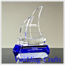 Excellent Crystal Sailing Boat Trophy For Business Gifts