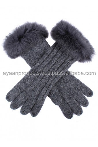 Women's Cable Knit Gloves with Fur Cuffs