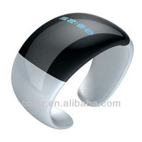2013 Newest Digital vibrating bluetooth watch for cell phone / Mobile