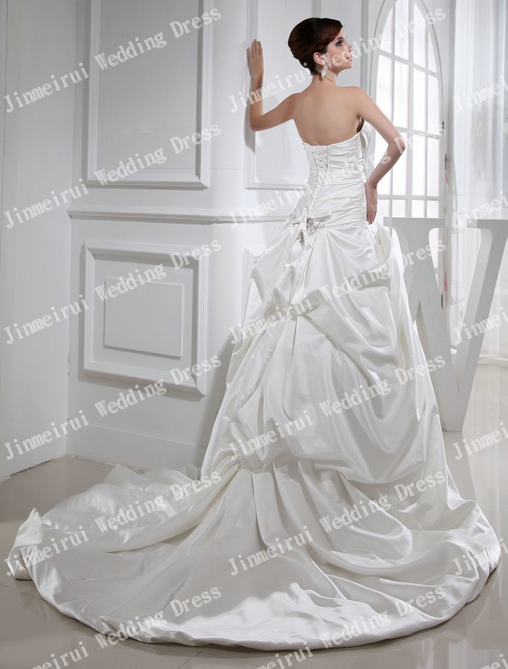 Beautiful A-line Pleat Satin Fashion Holiday Sale Chritmas Real Wedding Dress Sample