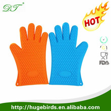 Food grade colourful microwave oven use silicone hand gloves/silicone oven gloves with fingers/custom logo
