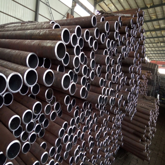 A & A Manufacturing Gr1 Gr3 Gr4 Gr6 Welded Alloy Steel Tube with NBK GBK for Fluid Pipe , ASTM A333 A334 Steel Pipe