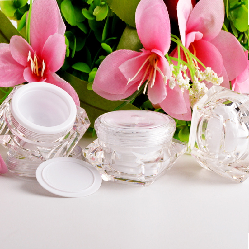 Factory sales 3g 5g small plastic jar in China