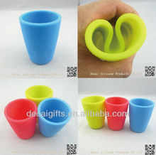 high quality Portable plastic cup 100ml collapsible coffee silicone cup