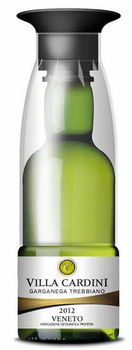 Villa Cardini, Garganega Trebbiano, white wine in a PET bottle with glass, single serve, Spanish wine to go