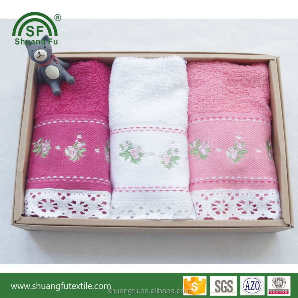 Promotional towels in a gift box for door gift wedding gift