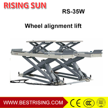 Wheel alignment used space saving car lift
