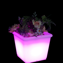 Plastic LED Illuminate Floor Vase Waterproof Outdoor square Flower Pot