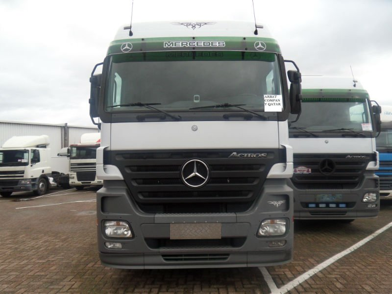 Mercedes Benz-Actros trucks 2005