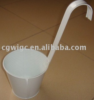 Popular white metal hanging flower pot for sale