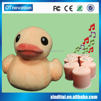 Lovely plush stuffed duck toys with music