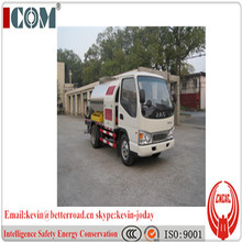 2 ton asphalt distribution truck, bitumen spraying truck, 4*2 driven system