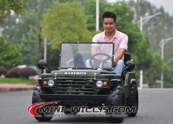Special camouflage color mini jeep pedal car