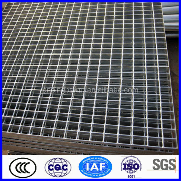 high quality galvanized kick plate steel floor grating