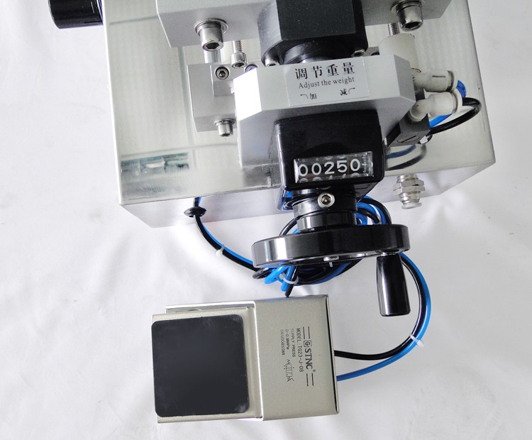 Semi-auto silicone sealant filling machine
