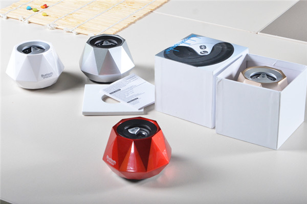 Professional manufacture portable mini diamond shape bluetooth wireless speaker with high quality