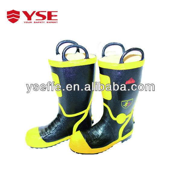 Fire safety boots and shoes with fireproof