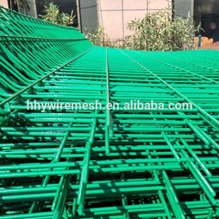 Green solid metal fence panel 2D panel fence 3D welded wire mesh panel
