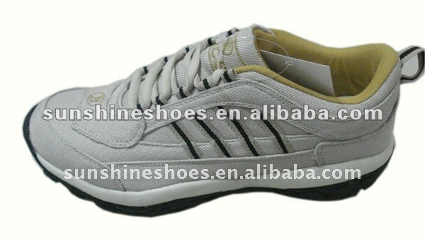 Fashion men good breathable leisure shoes