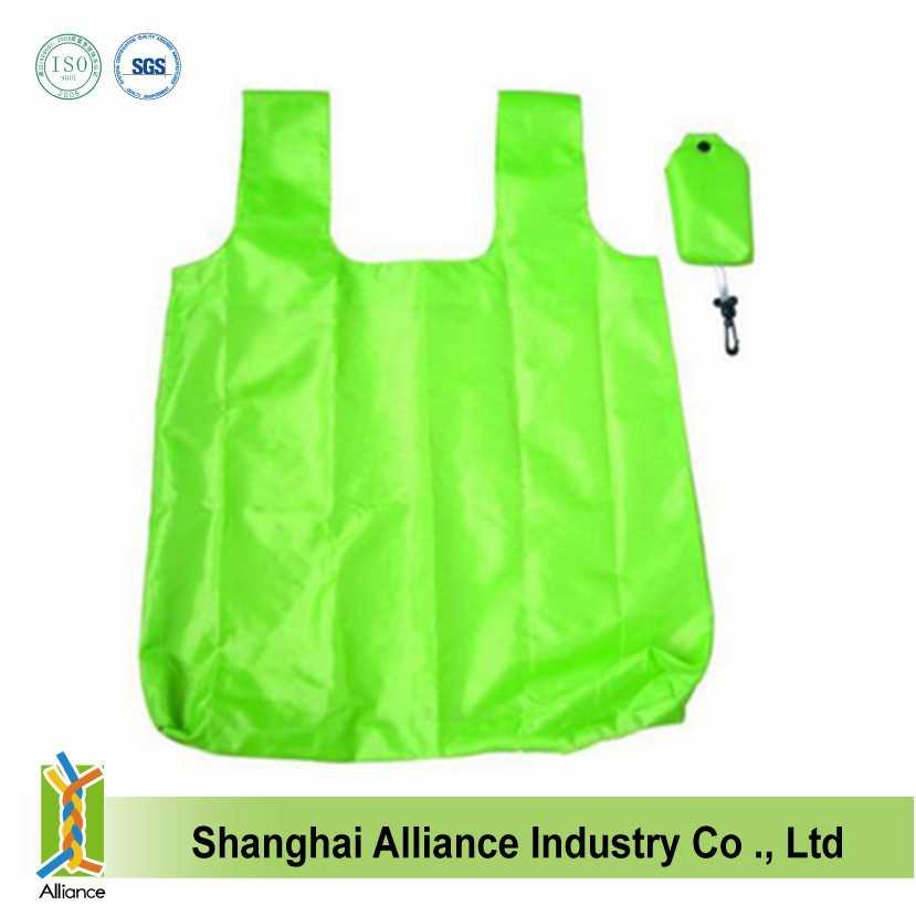 High quality polyester T-shirt bag for shopping can be folded into a small pouch