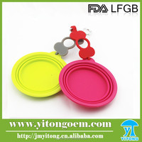 Pet product silicone dog folding bowl with bottle band and carabiner