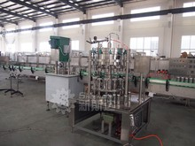 carbonated beverage pet can filling machine/can filling equipment