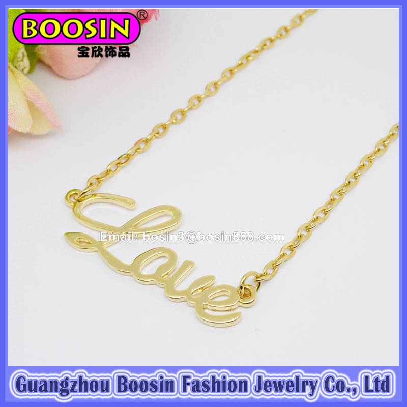 Fashion Jewelry Wholesale Gold Love Pendant Necklace #19269