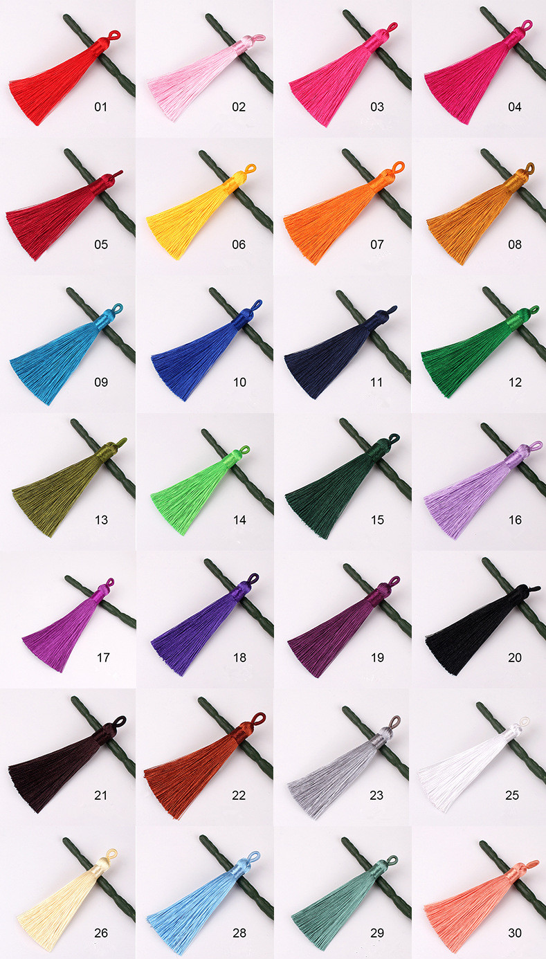Handmade cheap bulk fat short style 8cm length 1cm width with small loop polyester silk tassels