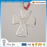 Tailor made hot sales Cross Shape with Ribbon Metal Craft Christmas Gift for Ornament